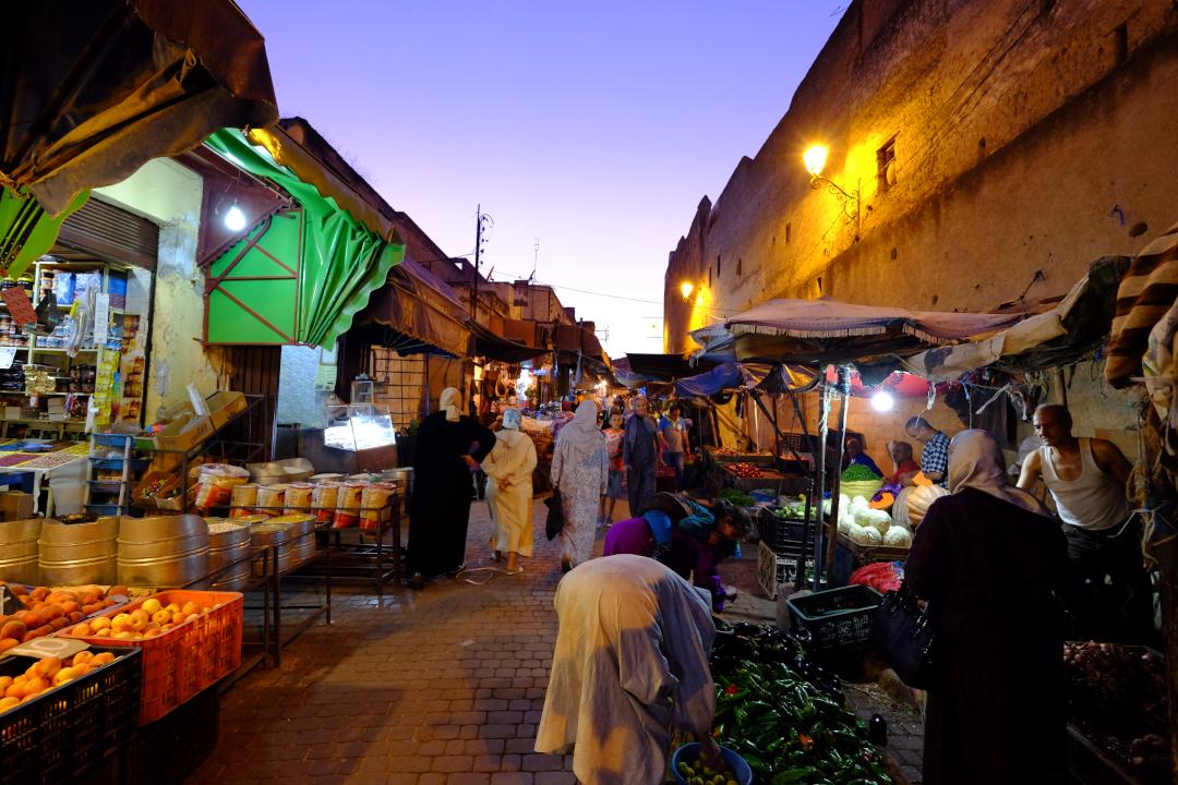 モロッコ夜の市場